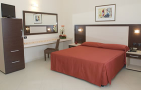 Prenota un Hotel per dormire a Gallipoli (Lecce) - www.gallipoli.it